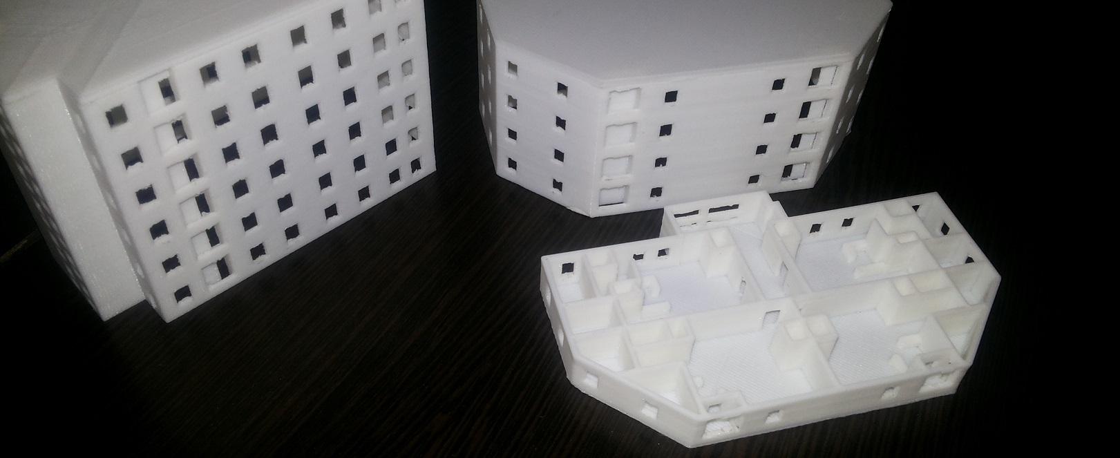 پرینتر 3 بعدی در حال چیدن لایه ABS