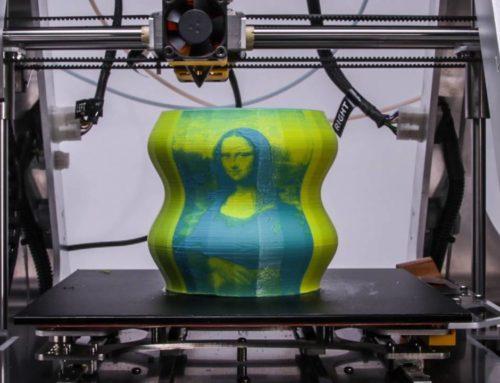پرینتر سه بعدی با قابلیت ترکیب دو رنگ و تصویر نگاری روی اشیا