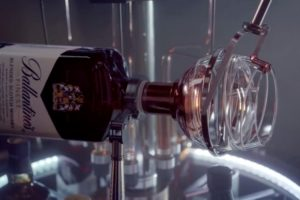 طراحی سه بعدی لیوان